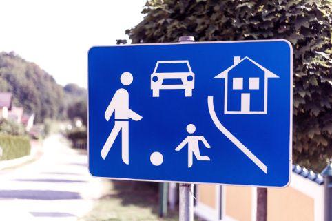 BAY Eltern Haften Fuer Kinder Spielstrasse Bearbeitet